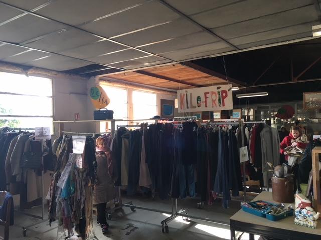 samedi 3 avril : on déballe le textile d'hiver